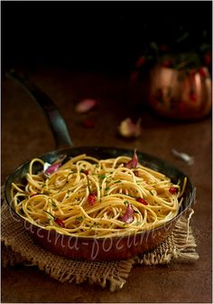 Spaghetti with garlic, olive oil and hot pepper