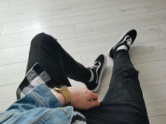 #vansoldskool #blackandwhite #denimjacket #katana #denim #flannel #vans #oldskool #streetwear #oversize #obiecuje #Outfit #Outfitgrid #grid #outfitstreetwear #streetwear #heatradar #denim #streetwearoutfit #blackandwhite #blackandblue #blue #followme #hype #hypebeast