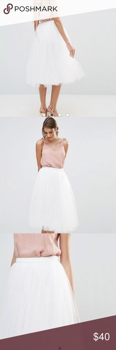 ASOS Little Mistress White Tulle Skirt sz 8 NWT New with tags, never worn and with receipt. This is a size 8 White ballerina tulle skirt from ASOS by the brand Little Mistress. Asos runs small so fits more like a 6. Little Mistress Skirts Midi