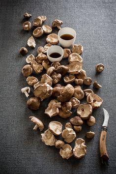 clutter chaos mushrooms food photography pinterest zutaten und kreativ. Black Bedroom Furniture Sets. Home Design Ideas