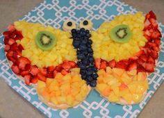 cake met fruit in vlindervorm
