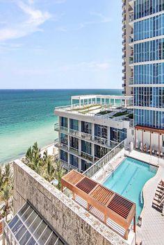 A luxury resort, spa and wellness destination in North Miami - Carillon Miami Beach, Florida