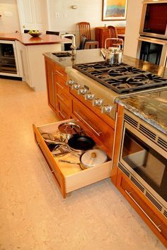 Kitchen Drawers For Pots And Pans pull-out drawers under stove for pots and pans | kitchen