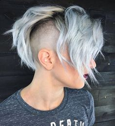 WEBSTA @ wesdoeshair - I love my clients! We did a dark root faded to silver and then bald fade work inspired by @luiiisc_ I couldn't let you Have all the fun♀️What do you guys think?
