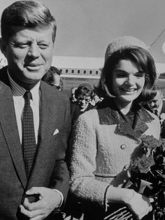 233d87971c3c Come Fly With Me  The Golden Age of Airport Style. Jacqueline Kennedy ...
