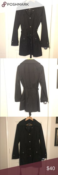 0fbd292118c8 London Fog women's trench rain coat size M Size M Great condition Missing  hoodie Reasonable Offers