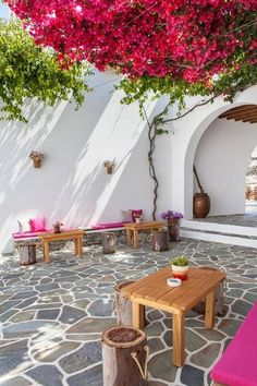 Greece Travel Inspiration - Bougainvillea on the patio - Folegandros Island, Greece Bougainvillea, Cozy Backyard, Backyard Landscaping, Outdoor Spaces, Outdoor Living, Outdoor Decor, Enclosed Patio, Greek House, Patio Flooring
