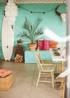 Outdoor living - feature colour!