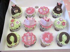 Candy Cupcake  92 Marchmont Crescent  Edinburgh  EH9 1HD  0131 446 0907  elaine@candycupcake.co.uk  www.candycupcake.so.uk