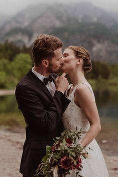 Couple Photos, Couples, Wedding Dresses, Photography, Inspiration, Fashion, Newlyweds, Nice Asses, Couple Shots