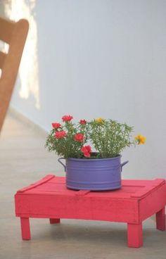 Es una caja de fresas pintada!