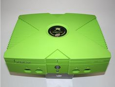 Limited Edition Original Xbox by Mountain Dew. Vintage Video Games, Retro Video Games, Playstation, Microsoft, Best Soda, Custom Consoles, Xbox Console, Video Game Rooms, Xbox Games