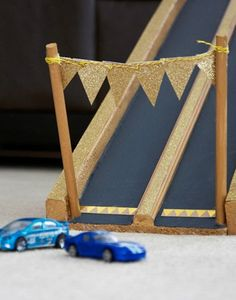 Make this easy DIY racetrack to rev up playtime and give your kids hours of fun racing their Hot Wheels!