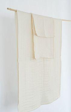 triple-gauze organic cotton towel by antelier une place sur la terre.