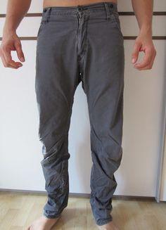 Kaufe meinen Artikel bei #Kleiderkreisel http://www.kleiderkreisel.de/herrenmode/stoffhosen/107649118-stylische-stoffhose-von-g-star-grau-3134