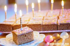 Barnehagens beste langpannekake | Det søte liv Cake Recipes, Dessert Recipes, Desserts, Norwegian Food, Norwegian Recipes, Vegan Substitutes, Cake Cookies, Baked Goods, Birthday Candles