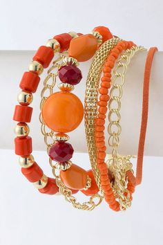 I've been looking for some orange beads and this piece has just the colors I'm looking for!