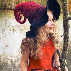 Old Witch Hat - Hat Vintage Belle Epoque - - - Beau Crochet, Bonnet Crochet, Crochet Beanie, Free Crochet, Knitted Hats, Knit Crochet, Crochet Kids Hats, Crotchet, Coat Patterns