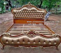 New Bed Designs, Classic Bedroom Furniture, Bedroom False Ceiling Design, Upholstered Platform Bed, Big Houses, Modern Kitchen Design, Luxurious Bedrooms, Marie, Outdoor Decor