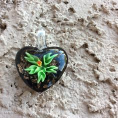Green Flower Black Heart Blown Glass Pendant Bnwt