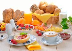 Es bien sabido que el desayuno es de las comidas más importantes del día, ya que funciona como el combustible para poder hacer las actividades diarias e incluso es un excelente aliado para perder...