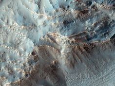 Mars Gets More Habitable with Water Discovery, Scientists Say /Dark streaks painting the side of Martian hills were likely formed by saltwater, scientists announced today (Sept. 28). What does the presence of liquid water imply for life on the Red Planet?  Credit: NASA/JPL/University of Arizona