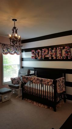 neuer Erdenbürger girl nursery Diy floral letters Black and white striped wall