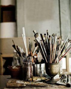 Artist Habits of Mind Hans Blomquist- The Natural Home Habits Of Mind, Atelier D Art, Art Classroom, Teaching Art, Paint Brushes, Tattoo Studio, Art Techniques, Art Studios, Art Tutorials