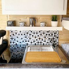 Live the in a Bumble Biggie - check out the kitchen area Small Bunk Beds, Rental Vans, Bus Camper, Extra Bed, Kitchen Units, Water Supply, Double Beds, Rear Seat, Water Tank