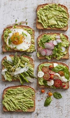 Grab 4 recipes for Spring Avocado Toast featuring your favorite combinations like caprese salad, asparagus and parmesan, fried egg and peas!
