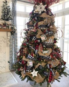 burlap christmas tree Buffalo Check Christmas Tree with ribbon- 2018 Country Christmas Decorations, Ribbon On Christmas Tree, Christmas Tree Themes, Rustic Christmas, Christmas Home, Christmas Wreaths, Plaid Christmas, Xmas Decorations, Christmas Cactus
