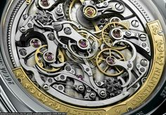 Caseback of Vacheron Constantin Harmony Ultra Thin Grande Complication
