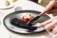 Kulinarik - Meine Tipps zum Reisen und Essen - Travelita Garlic Press, Board, Gourmet, Viajes, Tips, Sign