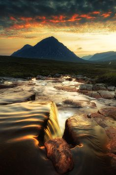 Over The Cauldron by Dave Brightwell on 500px