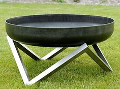 Great prices on your favourite Gardening brands, and free delivery on eligible orders. Garden Fire Pit, Diy Fire Pit, Fire Pit Backyard, Outside Fireplace, Metal Fireplace, Don Pollo, Outside Fire Pits, Welded Furniture, Diy Grill