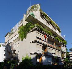 V. Monaco e A. Luccichenti (1948 - 1950) palazzina in via di S. Valentino, 16 ai Parioli, Roma.