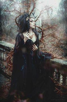 Model Lady Amaranth - Photography Lillian Liu Photography