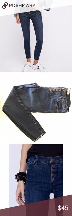 Free People Reagan Jeans - Indigo Color Gently worn, in good shape. Cut in a mid-rise with a super skinny leg, these stretchy jeans are the perfect seasonless staple. Made from Premium Power Stretch denim fabric that maintains its shape all day long Ankle length with a raw hem Exposed button fly Five-pocket style  Measurements for size 28: Waist: 30 in Hips: 32.5 in Rise: 9.25 in Inseam: 27 in Free People Jeans Skinny