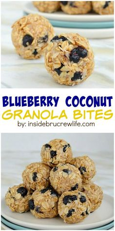 Blueberry and coconut make these easy no bake granola bites a sweet, healthy treat to enjoy. Blueberry and coconut make these easy no bake granola bites a sweet, healthy treat to enjoy. Healthy Sweet Snacks, Healthy Deserts, Healthy Sweets, Healthy Blueberry Recipes, Protein Snacks, Healthy Breakfasts, Protein Bars, High Protein, Boite A Lunch