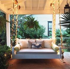 outdoor porch bed swing 57 - iTs Home Ideas Outdoor Porch Bed, Diy Porch, Outdoor Spaces, Outdoor Living, Outdoor Swing Beds, Patio Bed, Bed Plans, Floor Plans, Porch Decorating