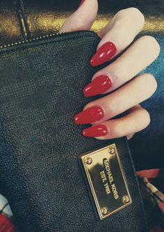 Kors Red Coffin Nails