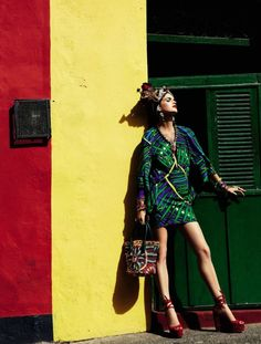 Vogue Brasil Carmen Miranda Reloaded February 2013 09