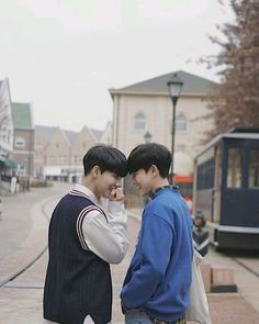 ❁ ane of the wild hunt ❁ ulzzang couple, ulzzang boy, gays. Cute Gay Couples, Real Couples, Parejas Goals Tumblr, Gay Aesthetic, Cute Asian Guys, Lgbt Love, Ulzzang Couple, Ulzzang Boy, Korean Couple