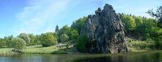 De Externsteine, een imposante rotsformatie in het Teutoburgerwoud