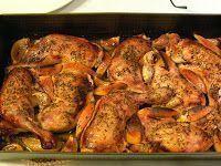 Moje popisowe danie dla gości. Naprawdę wyśmienite. I nie, nie zapomniałam o soli. Składniki 2 kg udek z kurczaka 1 główka czosnku ... Nigella Lawson, Polish Recipes, Yum Yum Chicken, Tandoori Chicken, Salad Recipes, Chicken Recipes, Food And Drink, Tasty, Snacks