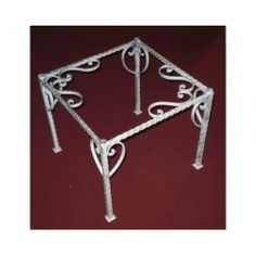 Table wrought iron. cm 50 x 50 x h 45 . 692