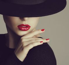 The Best Lip Fillers with Dr Dan Dhunna London & Midlands Dark Photography, Portrait Photography, Fashion Photography, Mode Poster, Foto Fashion, Lip Fillers, Mode Vintage, Female Portrait, Elegant Woman