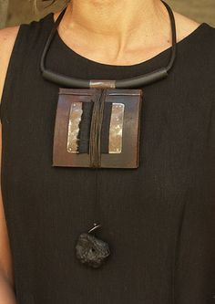 ethnic leather necklace -:- AMALTHEE CREATIONS -:-