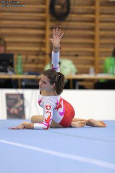 Artistic Gymnastics, Female Gymnast, Gymnasts, Olympians, Figure Skating, Sensual, Sports Women, Leotards, Cheerleading