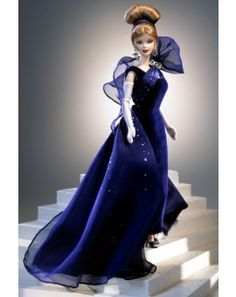 Looking for the Embassy Waltz Barbie Doll? Immerse yourself in Barbie history by visiting the official Barbie Signature Gallery today! Barbie Gowns, Barbie Dress, Barbie Clothes, Barbie E Ken, Play Barbie, Manequin, Mini Vestidos, Barbie Collector, Barbie Friends